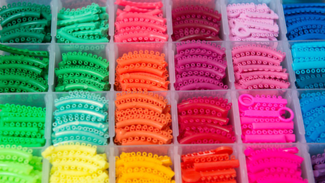 how to pick the right color of braces